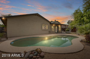 118 W HILLVIEW Street, Mesa, AZ 85201