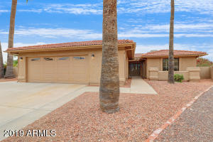 10323 E TWILIGHT Court, Sun Lakes, AZ 85248