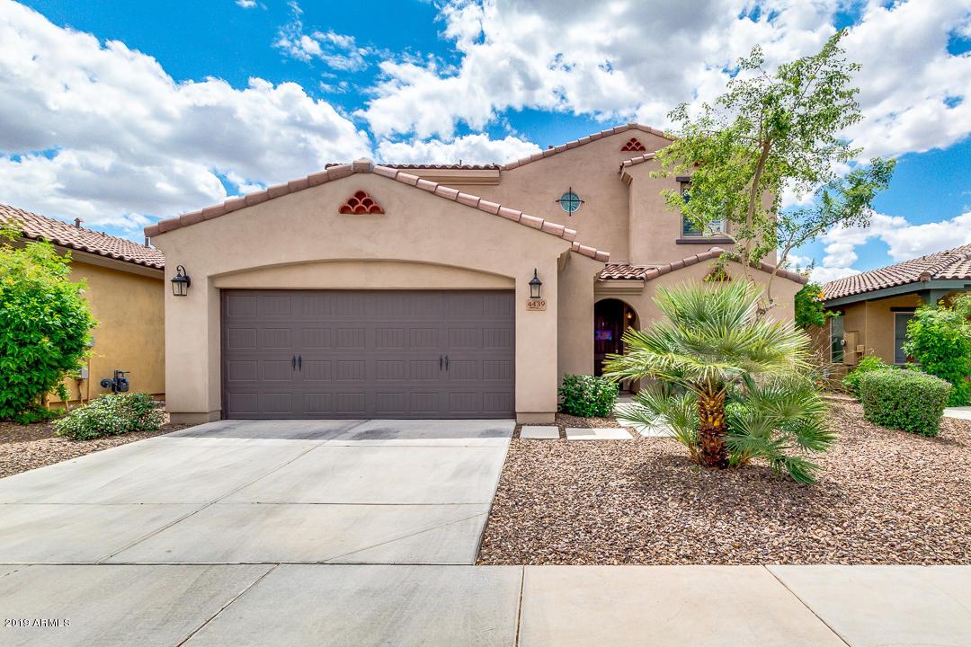 Photo of 4439 E ANGELA Drive, Phoenix, AZ 85032