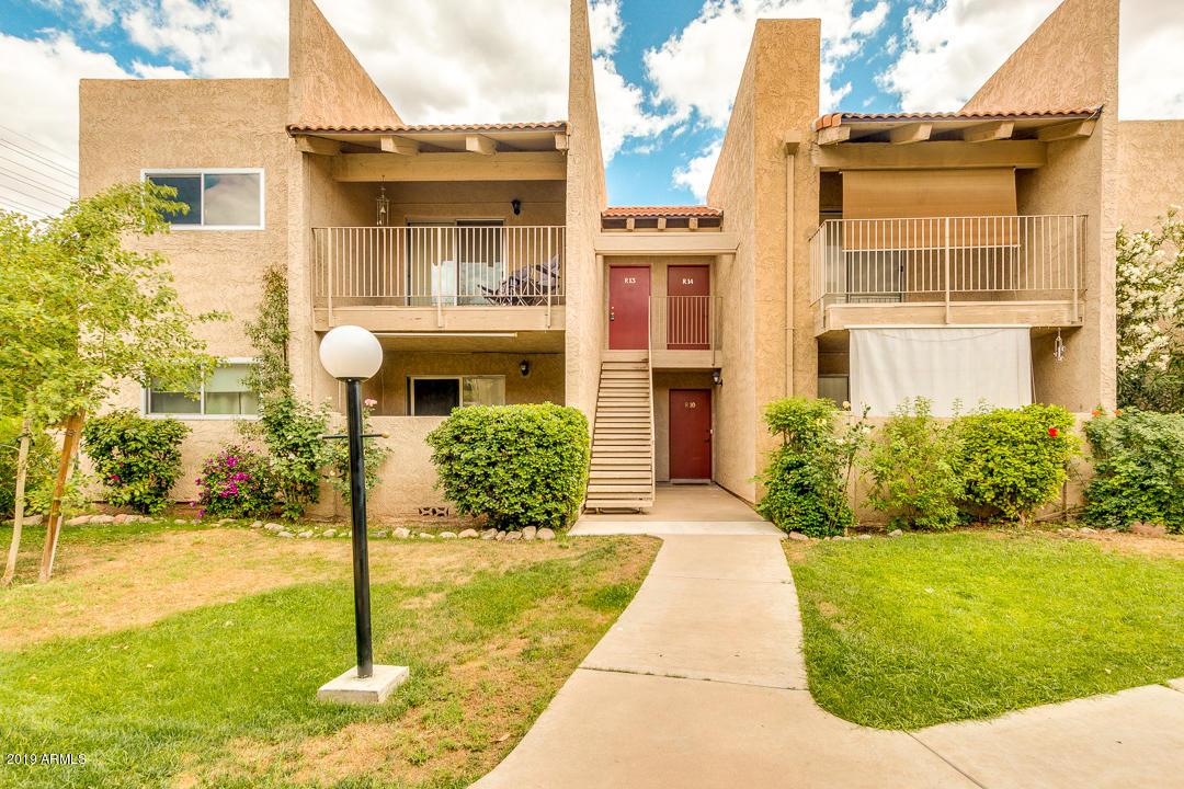 Photo of 5525 E THOMAS Road #R13, Phoenix, AZ 85018