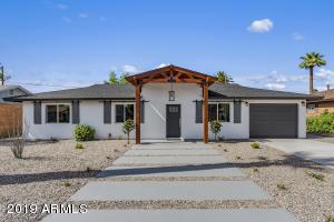 2940 E AVALON Drive, Phoenix, AZ 85016
