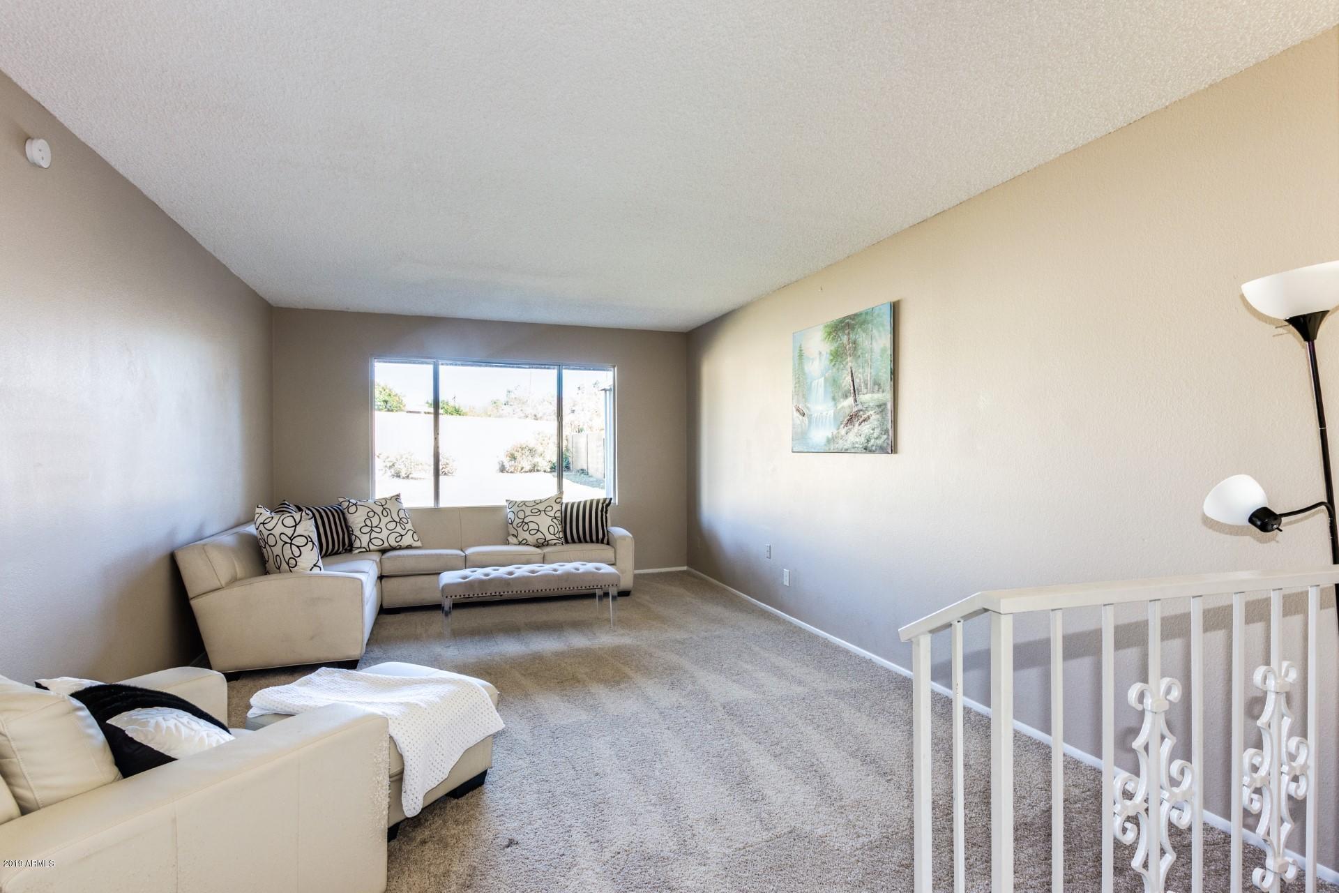 Photo of 2902 W FLYNN Lane, Phoenix, AZ 85017