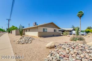 803 W ELNA RAE Street, Tempe, AZ 85281