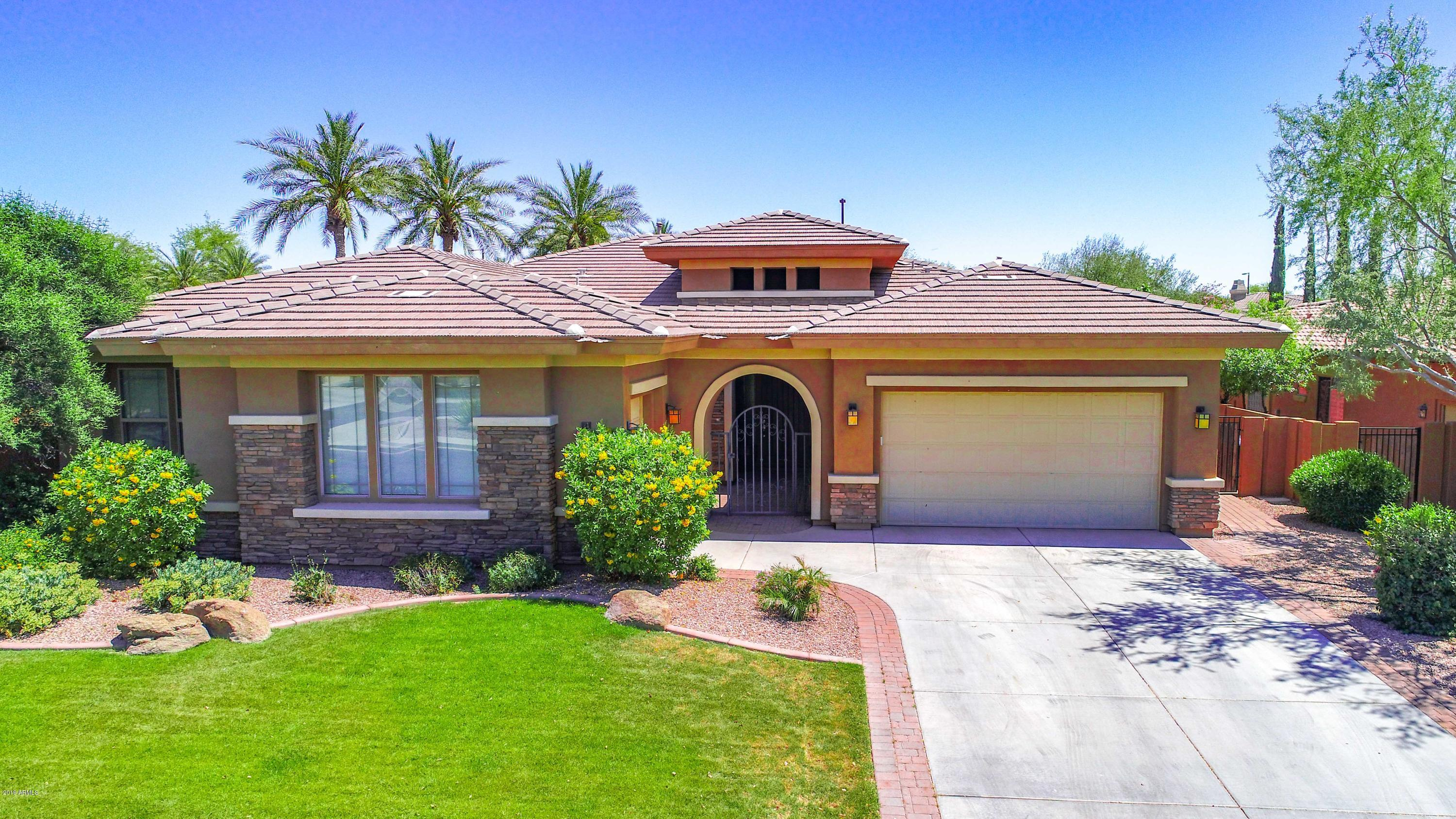 Photo of 5175 S SANDSTONE Place, Chandler, AZ 85249