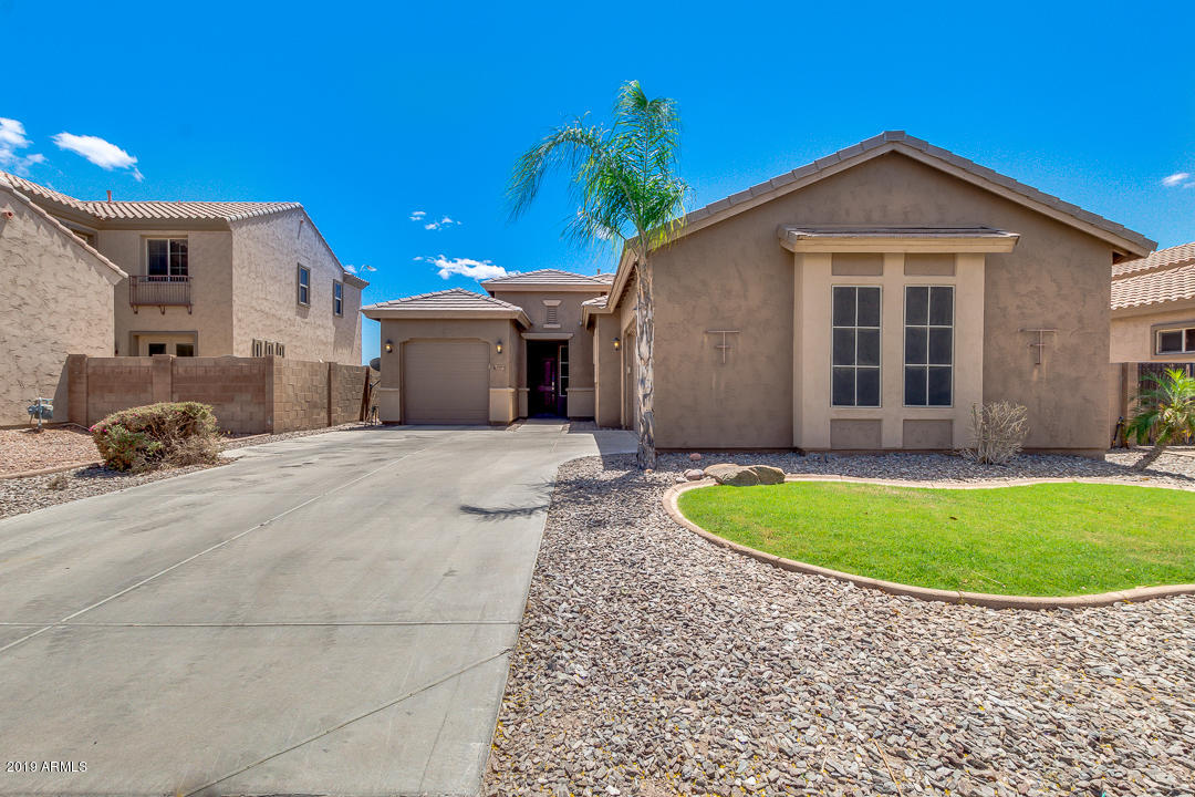 Photo of 4909 E GLENEAGLE Drive, Chandler, AZ 85249