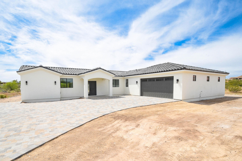 Photo of 105 S Ironwood Place, Wickenburg, AZ 85390