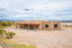 130 SHAWNEE Drive, Wickenburg, AZ 85390