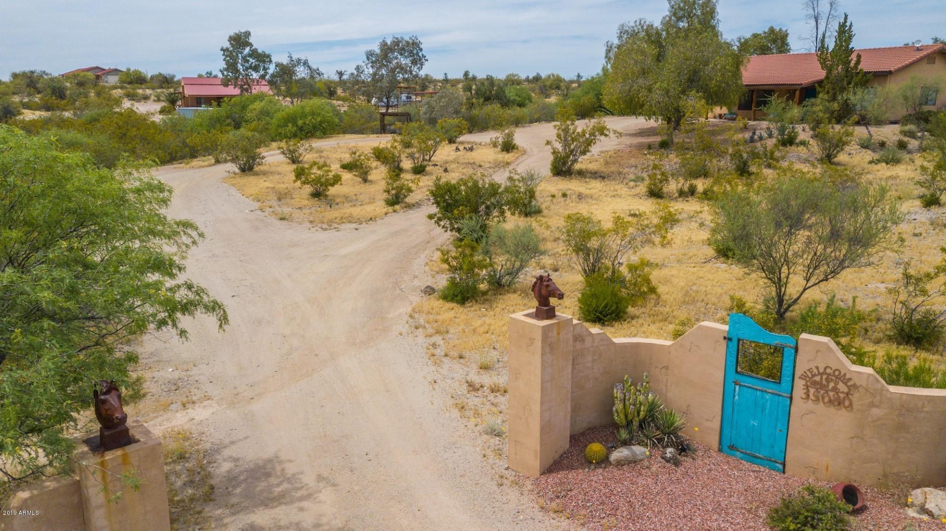 Photo of 35080 S NINE IRON RANCH Road, Wickenburg, AZ 85390