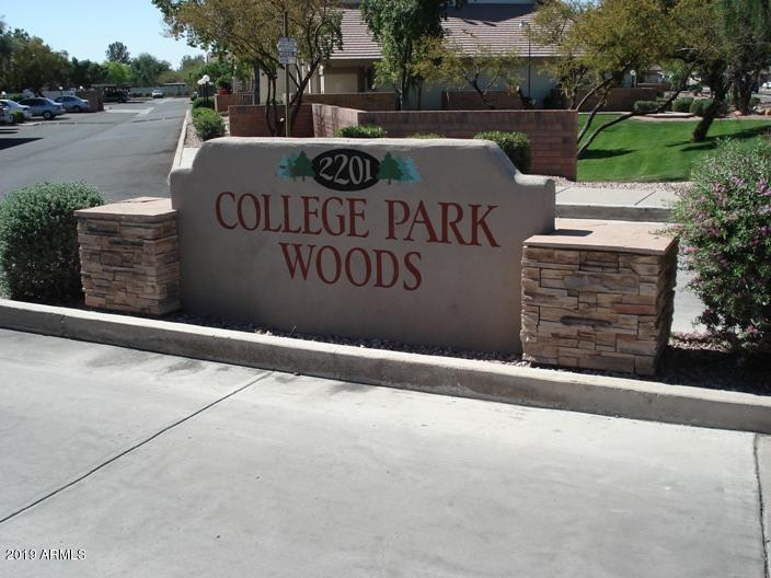 Photo of 2201 N COMANCHE Drive #2039, Chandler, AZ 85224