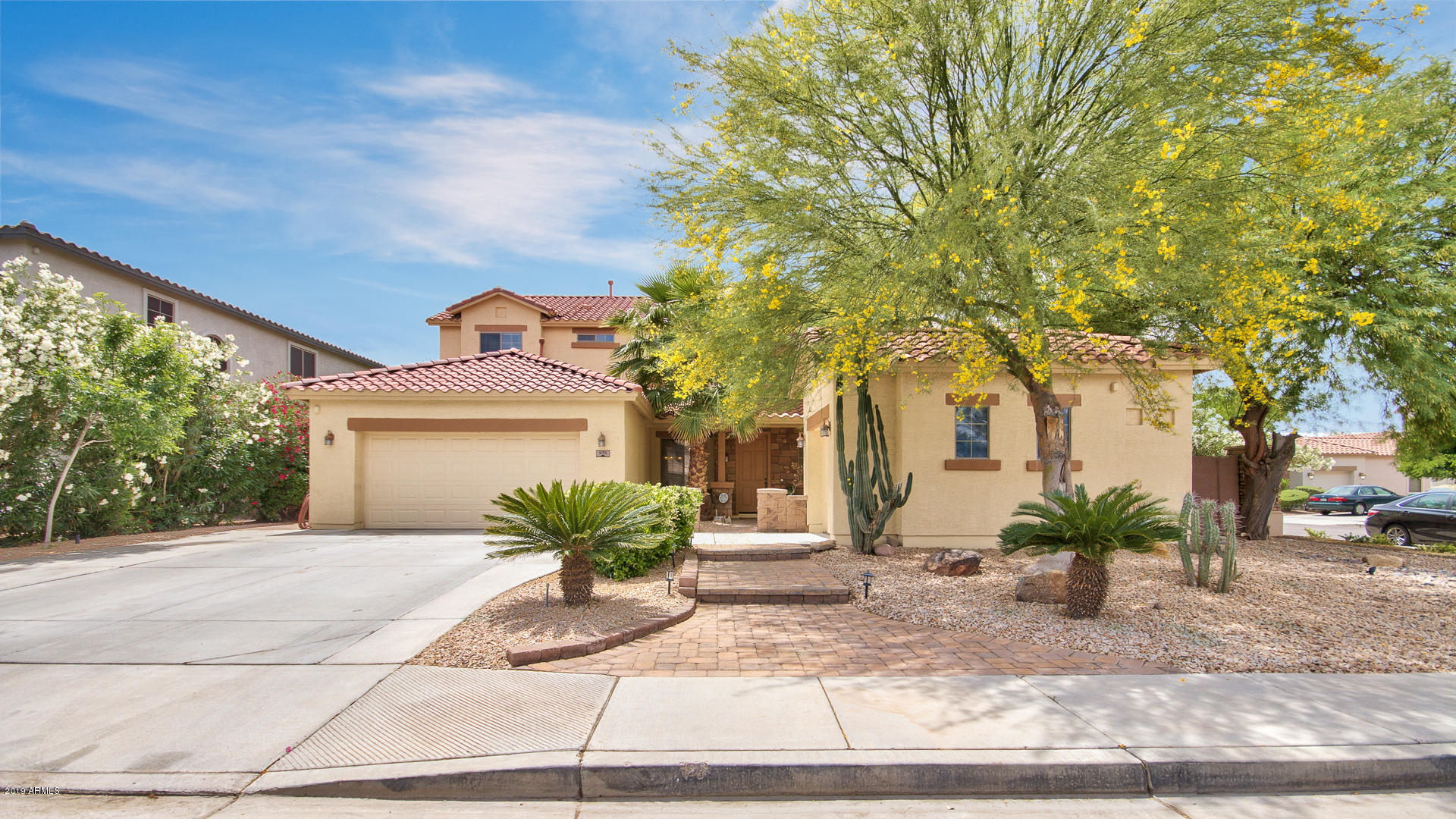 Photo of 935 W Whitten Street, Chandler, AZ 85225