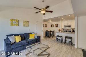8055 E THOMAS Road, C301, Scottsdale, AZ 85251
