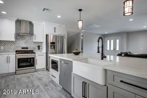 8719 E EDWARD Avenue, Scottsdale, AZ 85250