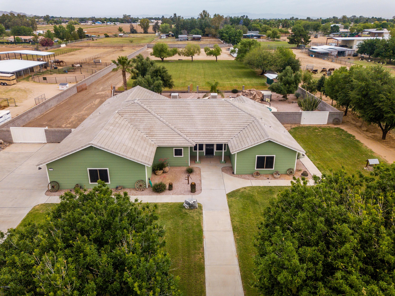 Photo of 17740 W MARYLAND Avenue, Waddell, AZ 85355
