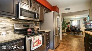 3655 N 5TH Avenue, 110, Phoenix, AZ 85013