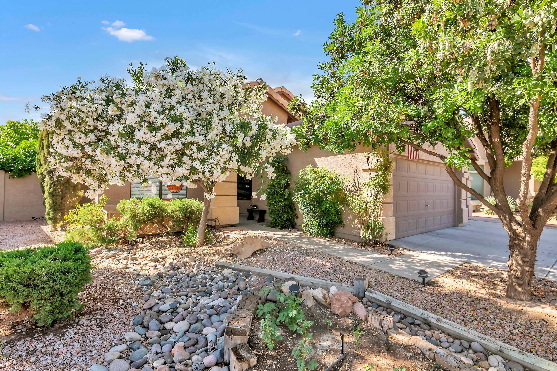 Photo of 1873 E CHILTON Drive, Tempe, AZ 85283