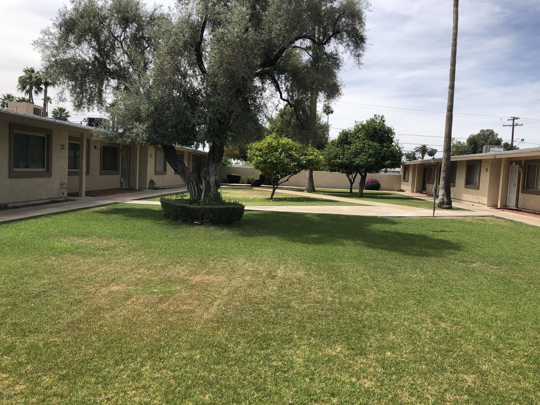 Photo of 10647 W COGGINS Drive, Sun City, AZ 85351