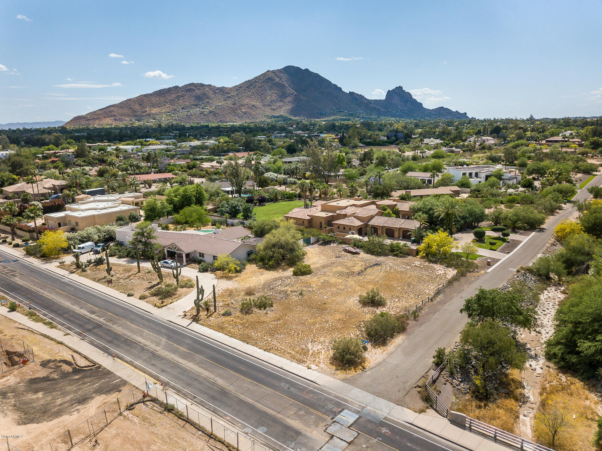 Photo of 6608 N Mockingbird Lane, Paradise Valley, AZ 85253