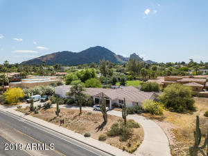 6608 N Mockingbird Lane, Paradise Valley, AZ 85253
