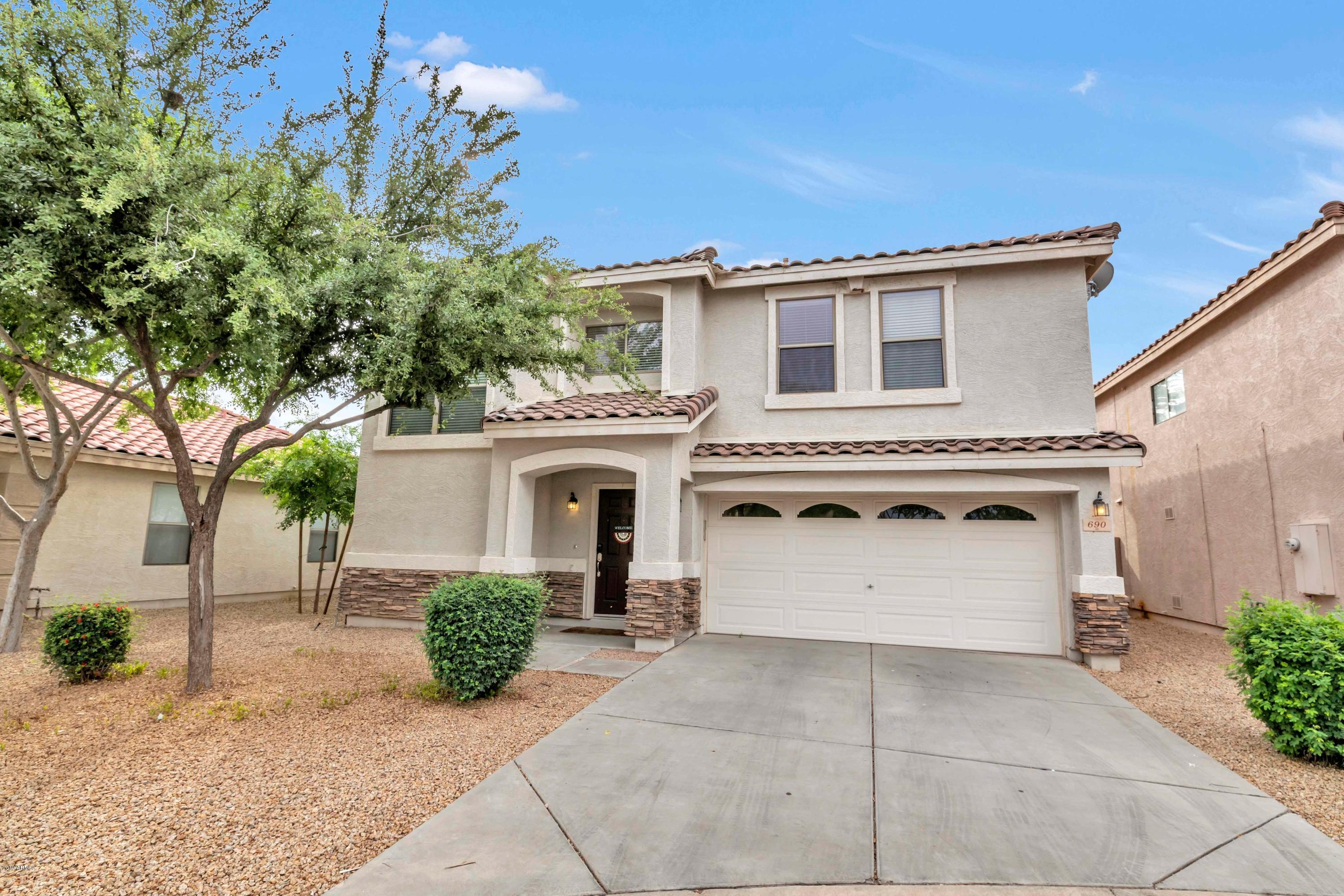 Photo of 690 E BANELLI Place, Chandler, AZ 85286