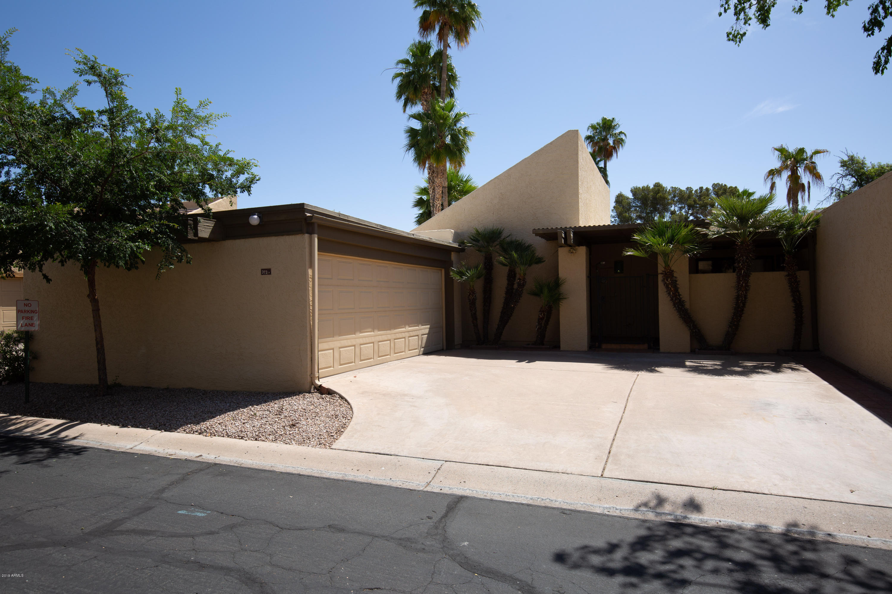 Photo of 303 E EMBASSY Street, Tempe, AZ 85281
