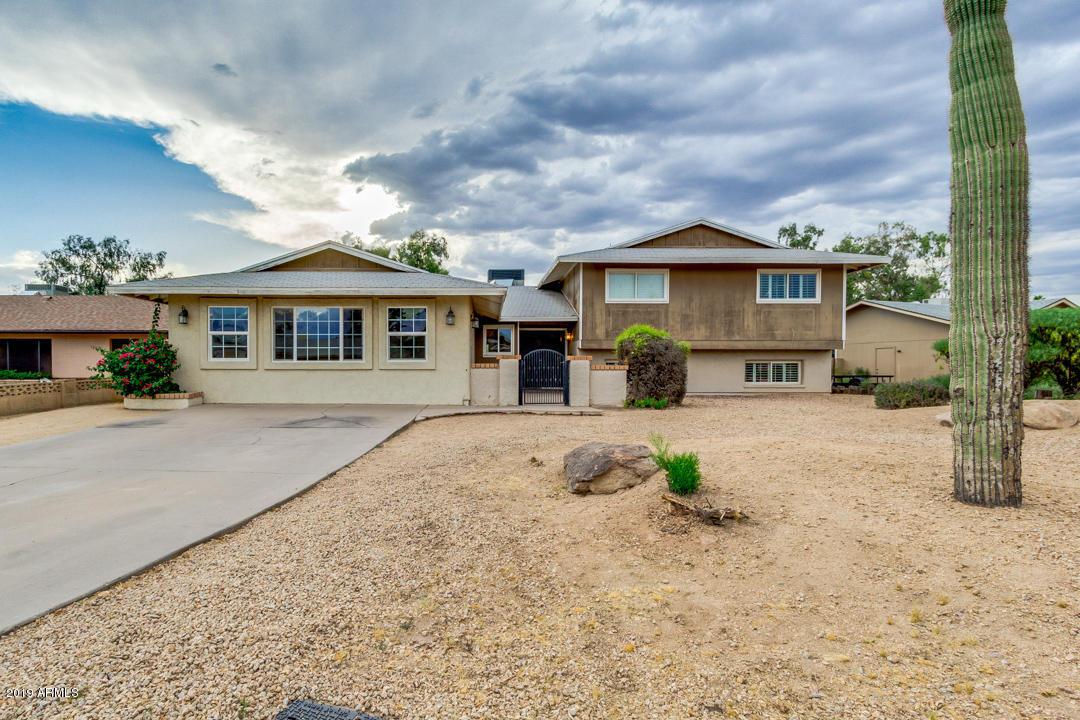 Photo of 1026 E CARSON Drive, Tempe, AZ 85282