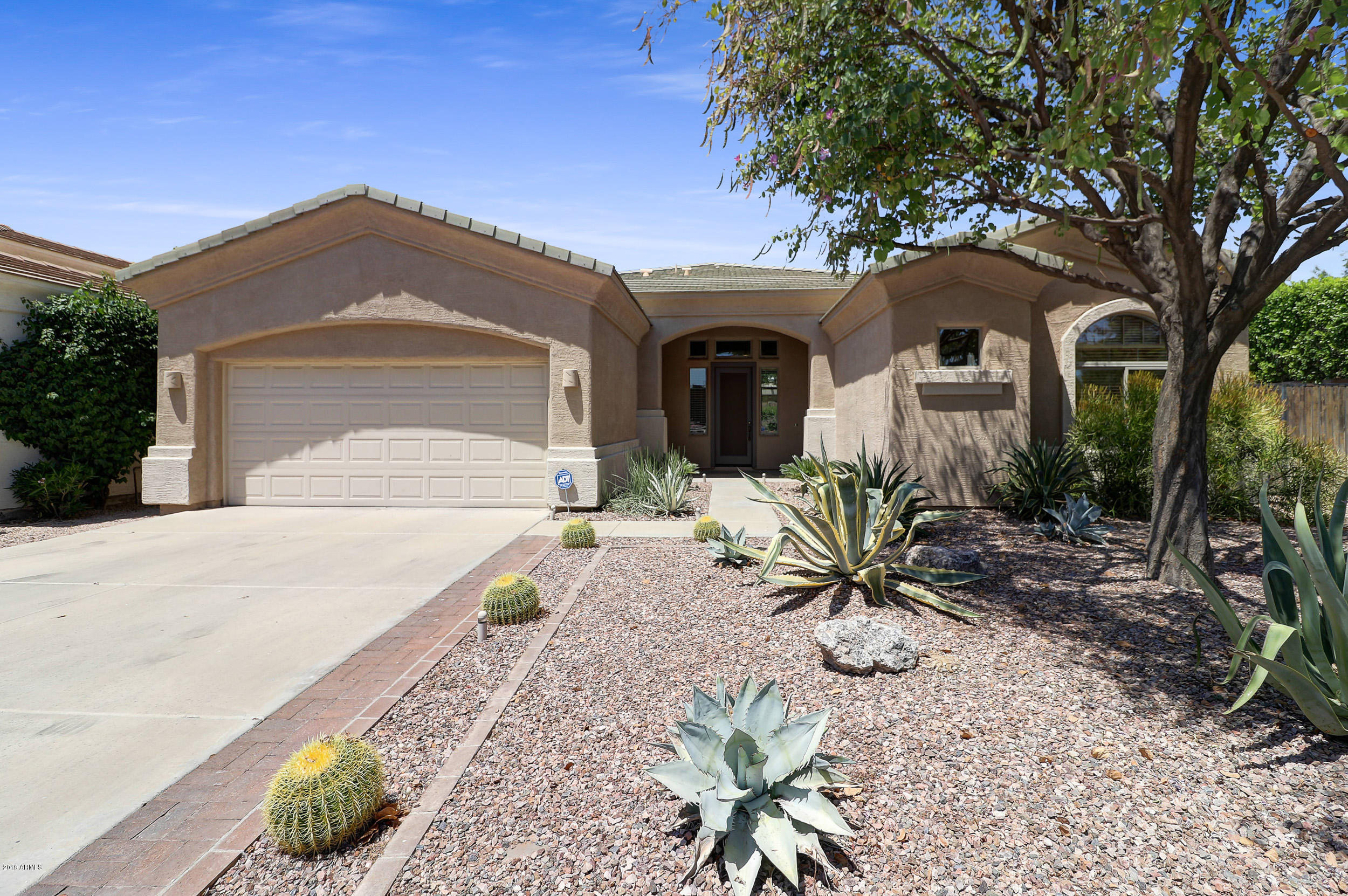 Photo of 1160 E MCLELLAN Boulevard, Phoenix, AZ 85014
