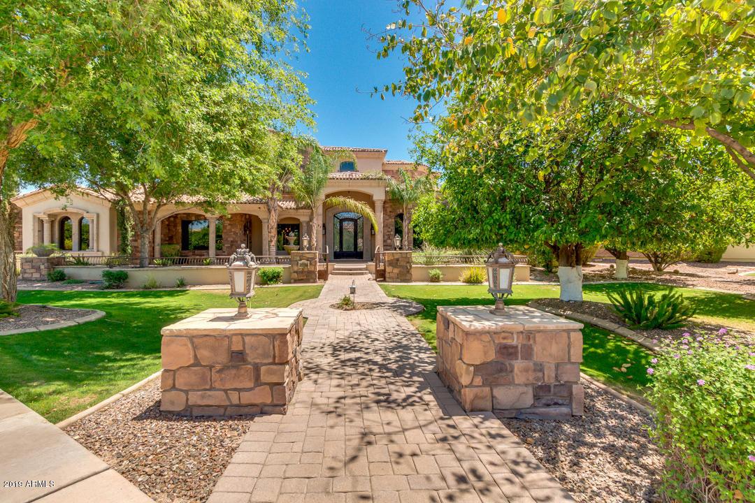 Photo of 2039 N POMELO Street, Mesa, AZ 85215