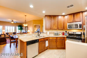 5350 E DEER VALLEY Drive, 1273, Phoenix, AZ 85054