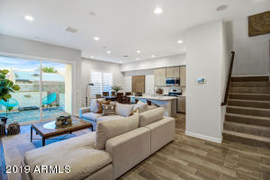 Popular Catalina floorplan offers an open concept with plenty of useable space. Photos represent the model home. Home is currently under construction.