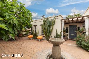 4352 N 40TH Street, Phoenix, AZ 85018