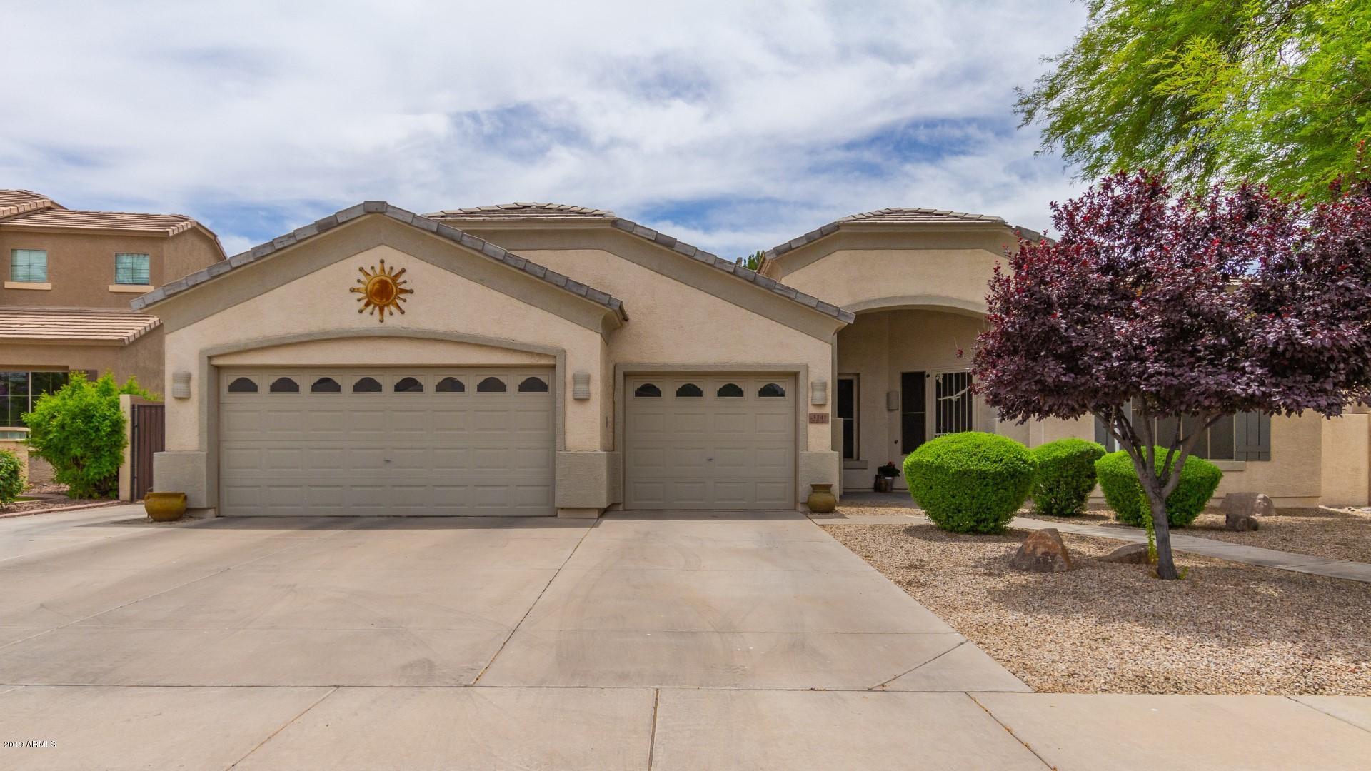 Photo of 3141 E HAMPTON Lane, Gilbert, AZ 85295