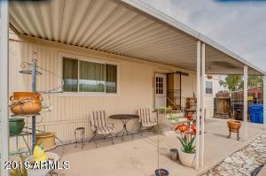 115 E INGLEWOOD Street, Mesa, AZ 85201