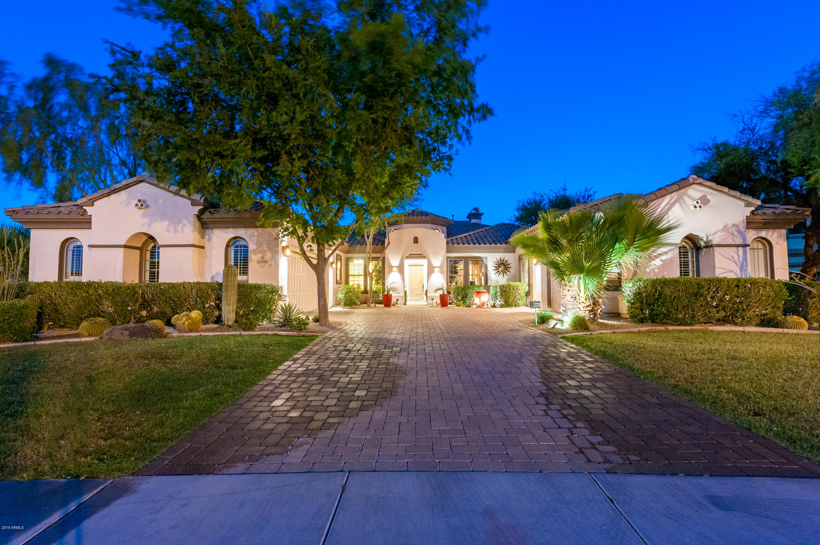 Photo of 14796 W ESCONDIDO Place, Litchfield Park, AZ 85340