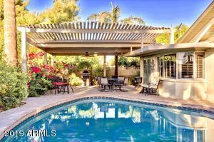 4525 W FRIER Drive, Glendale, AZ 85301