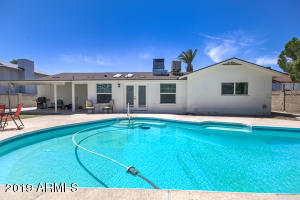 4526 W NORTHVIEW Avenue, Glendale, AZ 85301