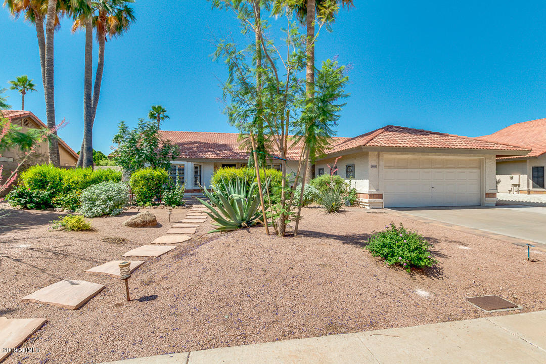 Photo of 5521 E ENROSE Street, Mesa, AZ 85205