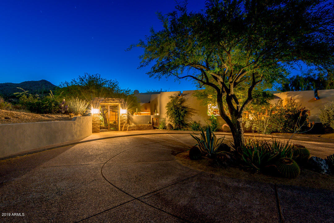 Photo of 39452 N OLD STAGE Road, Cave Creek, AZ 85331