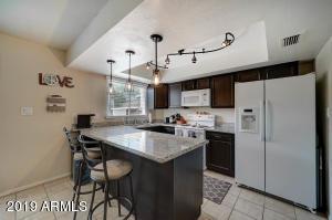 8443 E MONTEBELLO Avenue, Scottsdale, AZ 85250