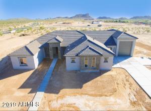 400 W LARIMER Street, San Tan Valley, AZ 85143