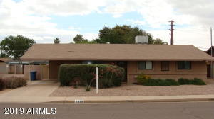***GREAT CURB APPEAL***