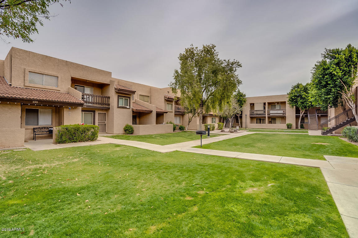 Photo of 520 N STAPLEY Drive #214, Mesa, AZ 85203