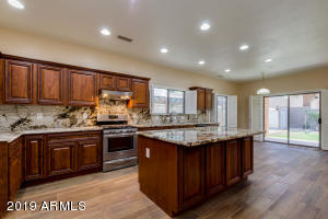 Owners spared no Expense. New CUSTOM DESIGN KITCHEN