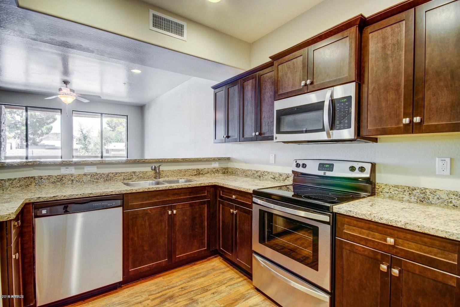 Photo of 21655 N 36TH Avenue #105, Glendale, AZ 85308