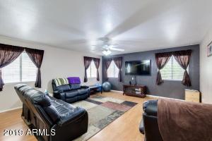 5607 W DESERT COVE Avenue, Glendale, AZ 85304