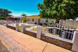 5802 W CHEERY LYNN Road, Phoenix, AZ 85031