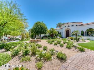 Property for sale at 5511 E Caron Street, Paradise Valley,  Arizona 85253