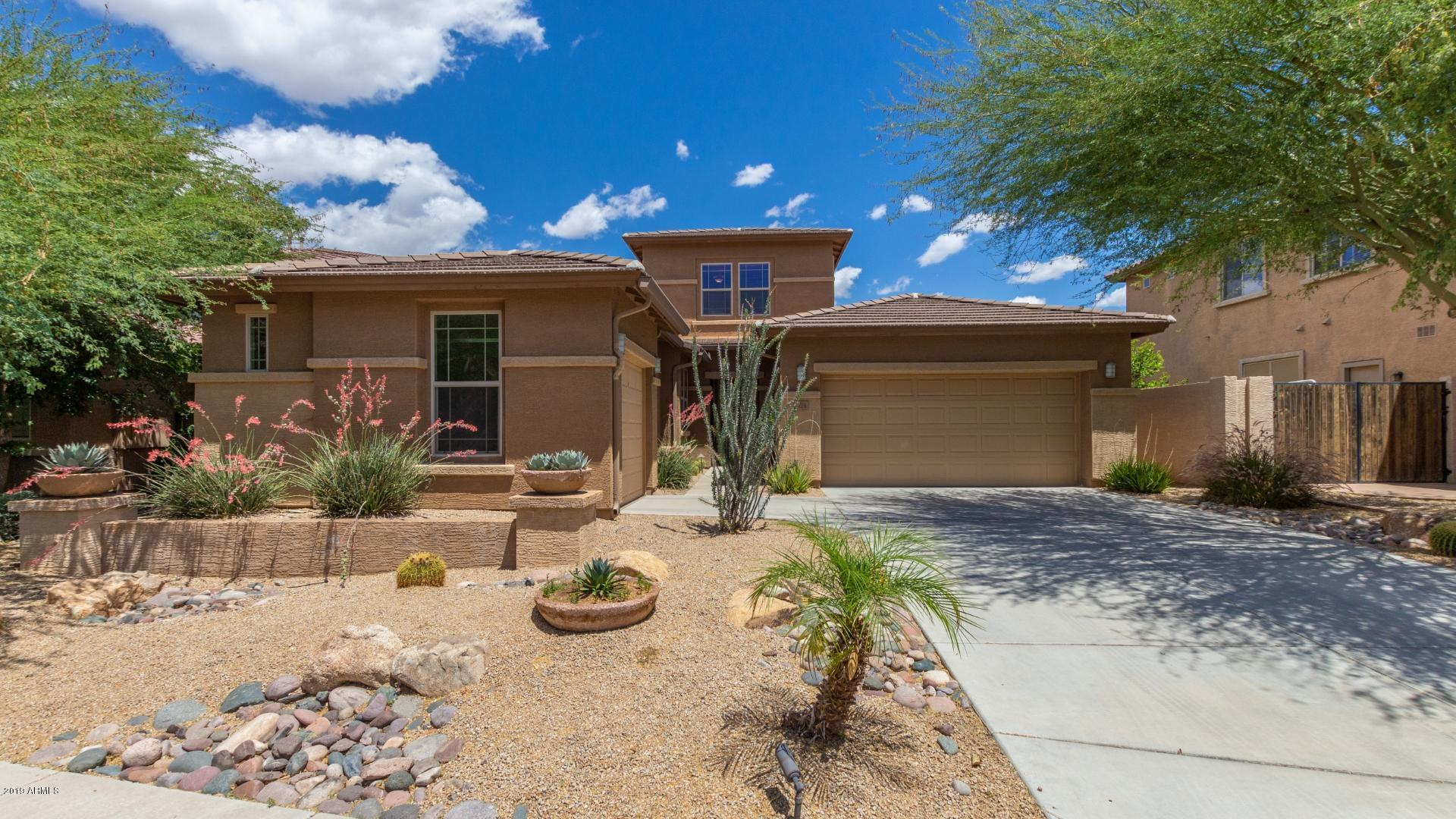 Photo of 1524 W PELICAN Court, Chandler, AZ 85286