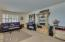 2211 W ROVEY Avenue, Phoenix, AZ 85015