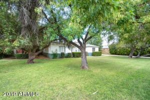 2324 W SOLANO Drive, Phoenix, AZ 85015