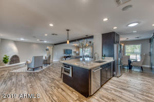 2016 E STATE Avenue, Phoenix, AZ 85020